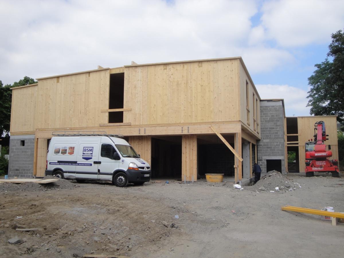 25 Studios à CROIX