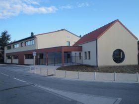 École primaire à LA COUTURE